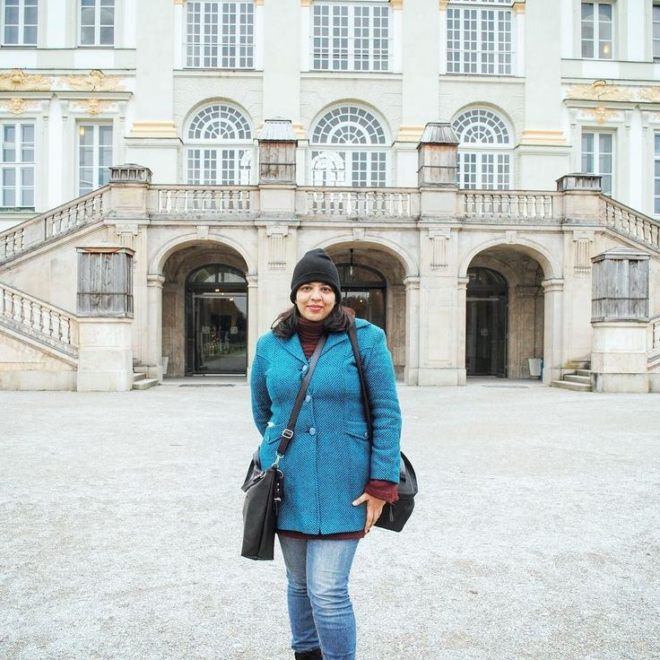 Three years ago when I was wandering around Munich in my own. Read more about it here http://ift.tt/2ADekJR #ThrowbackThursday #Throwback #Travel #Wanderlust #SoloTravel #MomTravelsAlone #SoloWomanTraveller #Munich #Europe #Palace