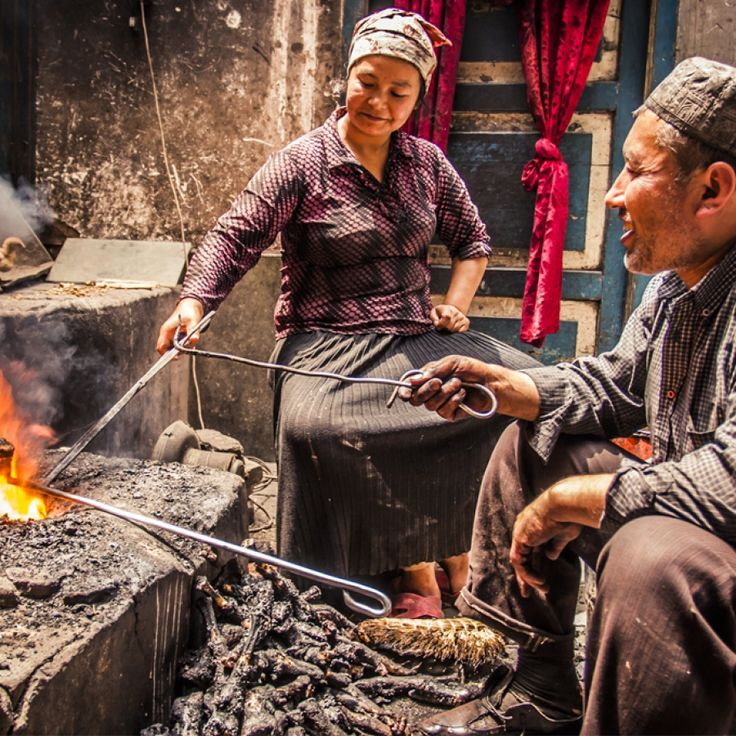 Kashgar, Yangshuo, And Lugu – Home Of Diverse Chinese Ethnic Groups And Their Cultures