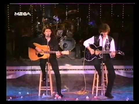 """▶ ΚΩΣΤΑΣ ΤΟΥΡΝΑΣ & ΠΑΣΧΑΛΗΣ ΣΤΟ """"ON THE ROCKS"""" -1992- - YouTube"""