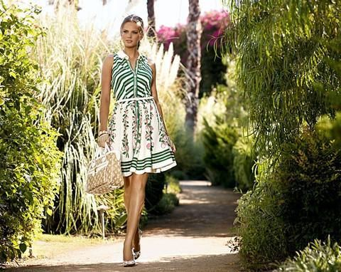 The best boho boutique clothing online including trendy indie vintage fashion dresses and accessories. Get the best quality and prices that are affordable.
