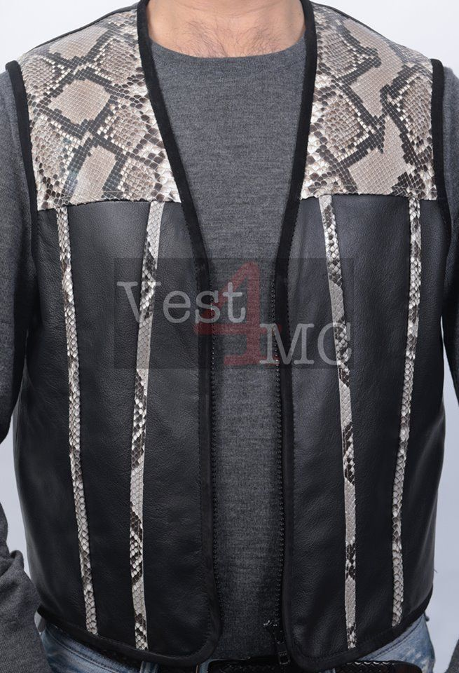 - 100% Cow nuva pigment, Suede leather and Pomo Python/snake shiny.  - Lining 60% Cotton, 40% Polyester.