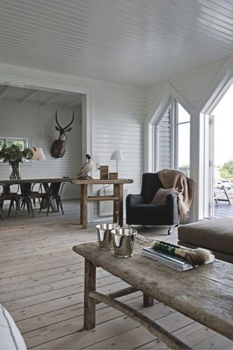 rustic modern farmhouse