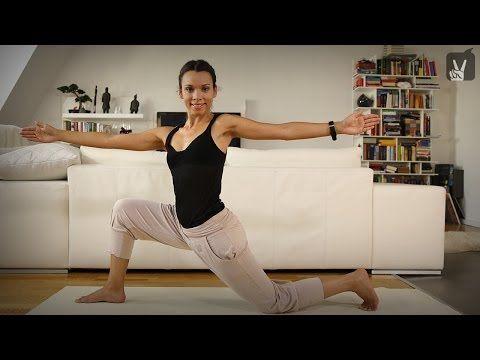 Yoga Fatburning Flow Anfänger: Kostenlos Abnehmen mit Amiena Zylla - YouTube