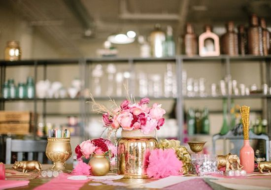 pink and gold table arrangement