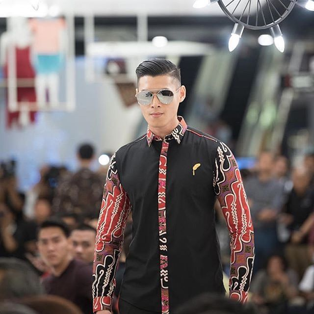 @ivan_gunawan #Repost @jajakaxivangunawan  Nama Barang : jajaka SOWARI Kode : JJL.05.12.16
