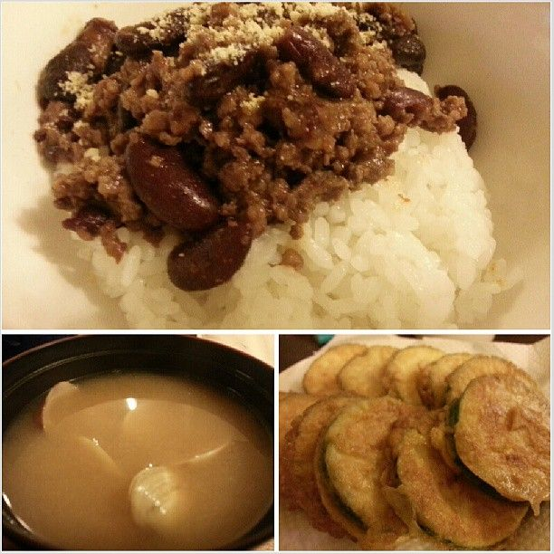 #chilliconcarne #clam #misosoup #tenpura #zucchini for #dinner #yummy #mexican #japanese #food #philippines #チリコンカーン #あさり #味噌汁 #ズッキーニ #天ぷら #晩ごはん #フィリピン