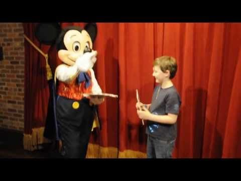 Planning a vacation to Disney is never complete without getting some time with Mickey Mouse! Some visitors enjoy plan on heading to the restaurants to get some great foods and the chance to meet Mi...