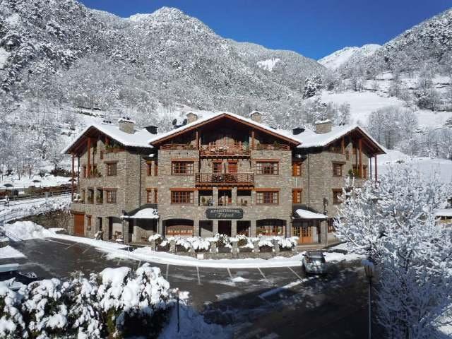 Reservar Alquilar Aparthotel en Andorra Llorts Ordino, reservar hoteles en Ordino, Aparthotel Fijat Llorts, apartamentos económicos en Andorra.