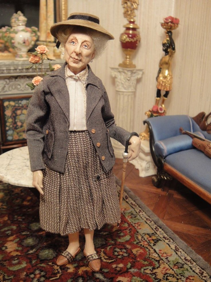 Doll Artist Sherri Colvin's Hand Sculpted Elderly Lady with Cane - signed | eBay