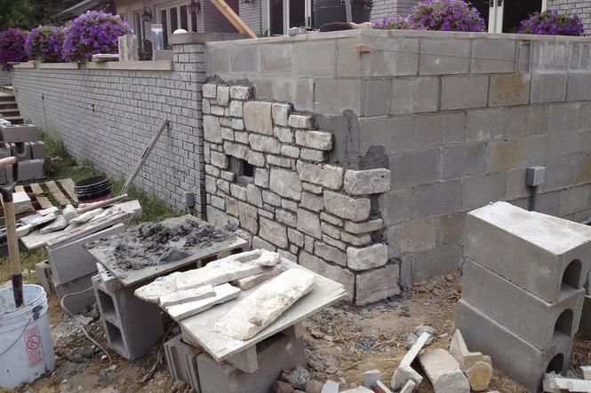 Need Brick Stone Or Block Wall Installation Contractor In Omaha Ne Find The Best Brick Stone Cinder Block Walls Concrete Retaining Walls Concrete Block Walls