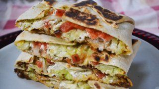 How to make a perfect Taco Bell Crunchwrap Supreme