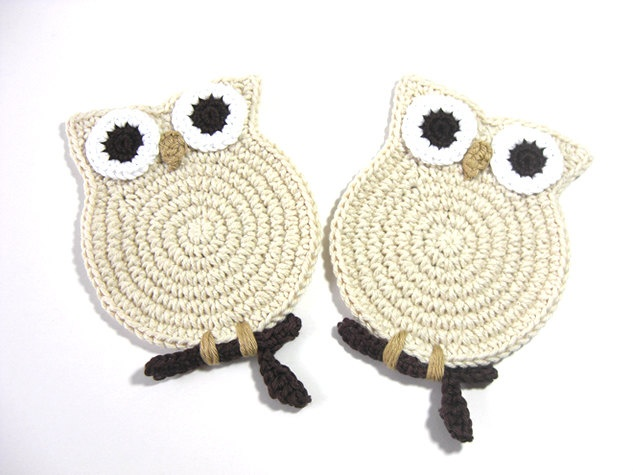Owl Cream Crochet Coasters @Connie Hamon Hamon Elnan Price   So cute!!!