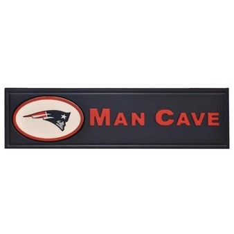 Every guy needs this for his basement to watch #Patriots games