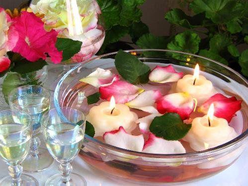fiori galleggianti per centrotavola - Google Search