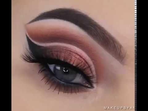 Узнайте, как делать Профессиональный #макияжглаз с помощью Пошаговых Инструкций в этом Видеоуроке!