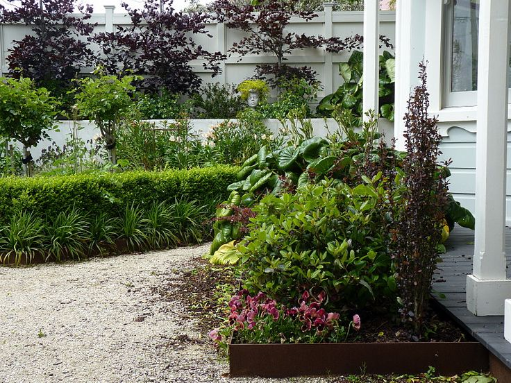Entrance gardens | Beauchamp, HEDGE Garden Design & Nursery