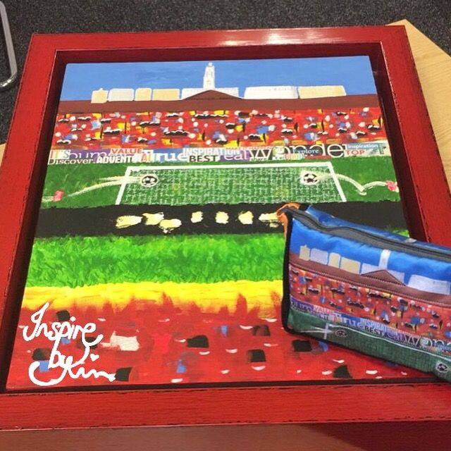 Barnsley FC football fan commissioned painting and bespoke bag.