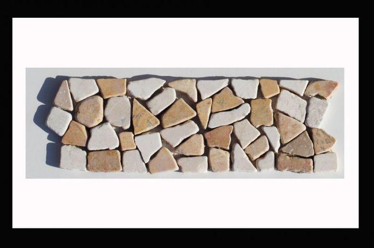 Bordüre Naturstein Mosaikfliesen auf Netz - Bordüren, die sowohl im Kontext mit unser Mosaik-Fliesen als auch solo zur Aufwertung bestehender Designs handelsüblicher Fliesen ein markantes Highlight setzen.#bordüre #mosaik #fliesen #bad #badezimmer #wohnen #küche #bodenfliesen #wandfliesen #mosaikfliesen  #diy #heimwerken #mosaikaufnetz #pool #sauna