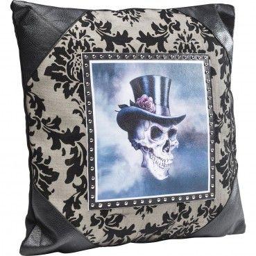 http://www.kare-click.fr/25819-thickbox/coussin-gentlemen-skull-45x45cm-kare-design.jpg