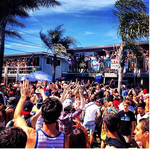 Deltopia — University of California, Santa Barbara | 15 Insane College Parties That Will Make You Want To Transfer