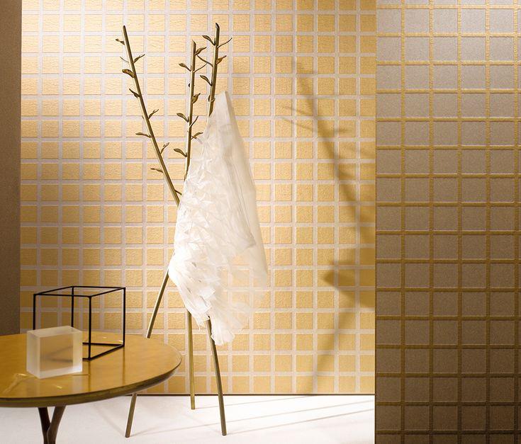 Goldene Tapete Mit Weißen Rechtecken. Hersteller: Marburger Tapetenfabrik