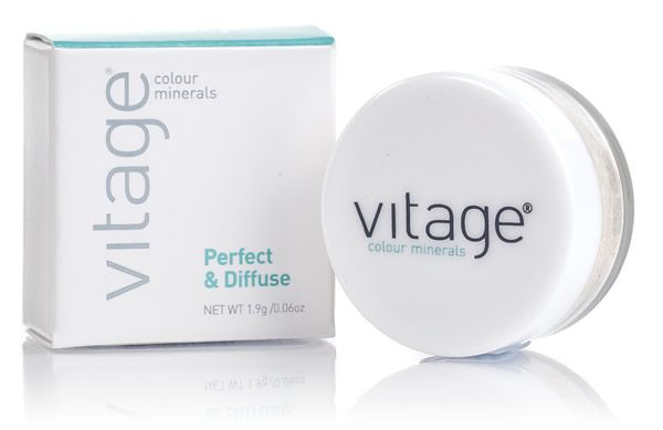 The Vitage Colour Minerals Perfect & Diffuse is lightweight, natural concealer to disguise dark circles under the eyes.