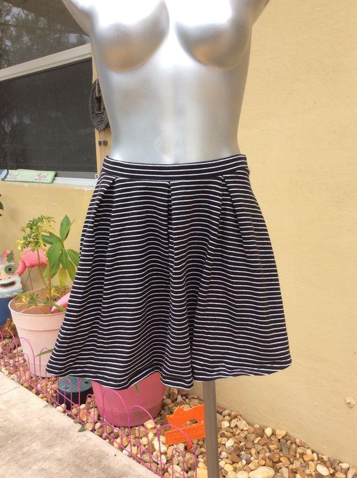 Victoria's Secret Women's Extra Small Navy And White Striped Cotton Skirt #VictoriasSecret #Mini