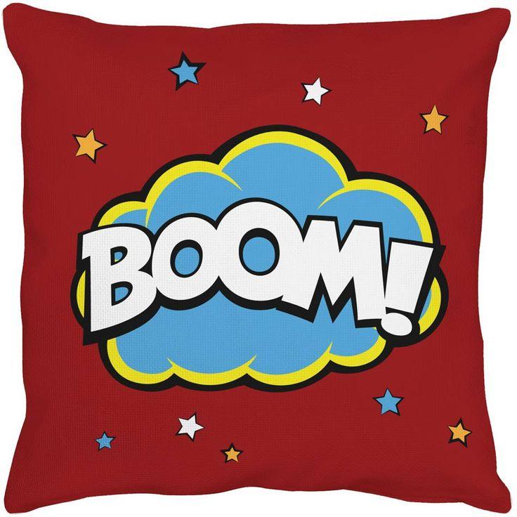 Voici un coussin qui dynamisera la décoration de la chambre de votre enfant ! Avec ses belles couleurs et son effet bande dessinée, il complètera à merveille une pièce sur le thème des super-héros ou des comics. On adore son style graphique et enfantin !  Dimensions : 40 x 40 cm (Taie déhoussable + coussin)