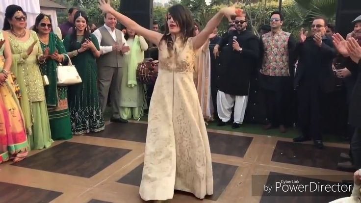 pakistani princess leave everyone behind   love birds