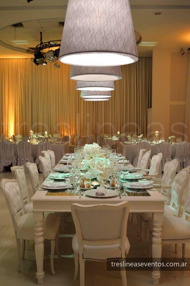Ambientación Mesa principal | Elegante + Moderno | Decoración en salón Punta Barranca | Diseño de bodas | Tres Lineas Eventos | Rosario | Santa Fe