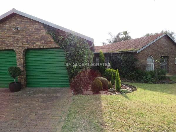 4 Bedroom House in Birchleigh North