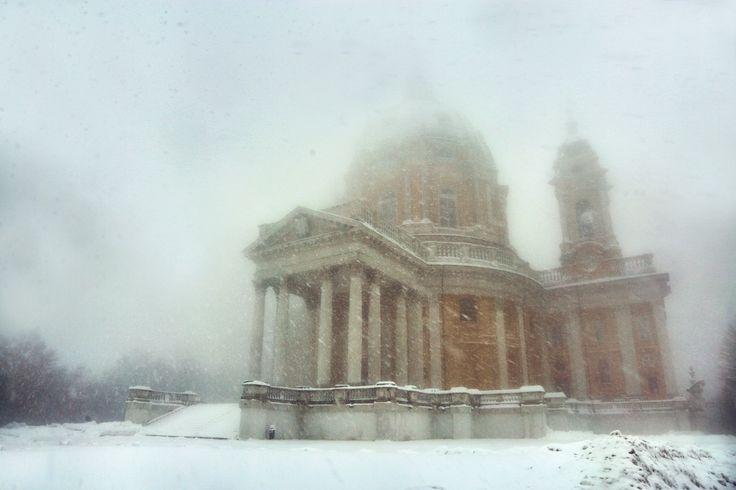 Basilica di Superga e la neve (foto andrea cherchi)