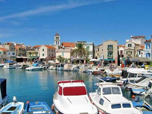 In the center of Vodice is a large marina with more than 400 berths.