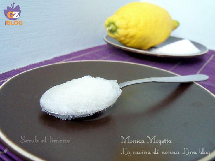 Scrub al limone fatto in casa