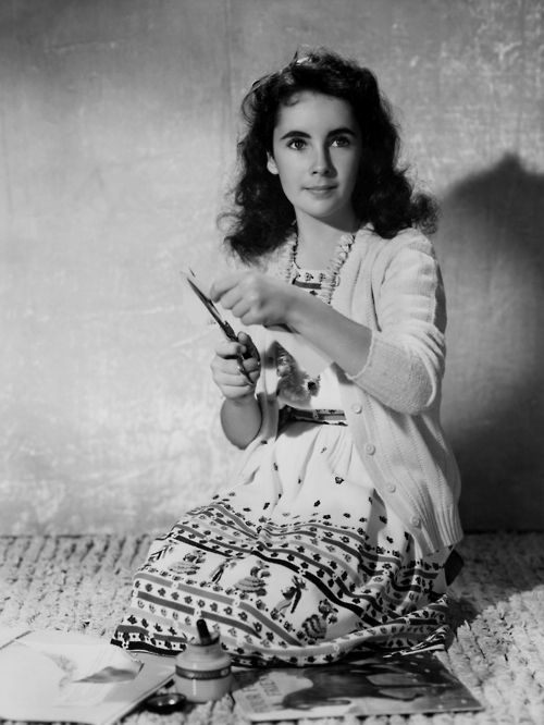 """Elizabeth Taylor. Shortly before World War II, parents return from England to U.S. to avoid hostilities. Mother /children arrive N.Y. April 1939, Father, Nov. Settled in L. A., established new Art Gallery, included paintings shipped from England - Celebrities attracted to Modern European paintings. Walker: Gallery """"opened many doors for Taylors, leading directly into society of money & prestige"""" . http://qsdaydream.tumblr.com/post/30553776343/ricksginjoint via Wikipedia"""