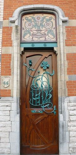 Would love to have something like this either for a front door or a garden gate