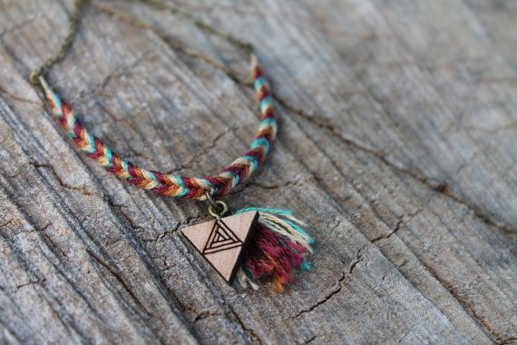 Wild Cloud on Etsy  Bracelet personnalisable totem bois friendship bracelet - braidesmaid bracelet - easy chrismas present