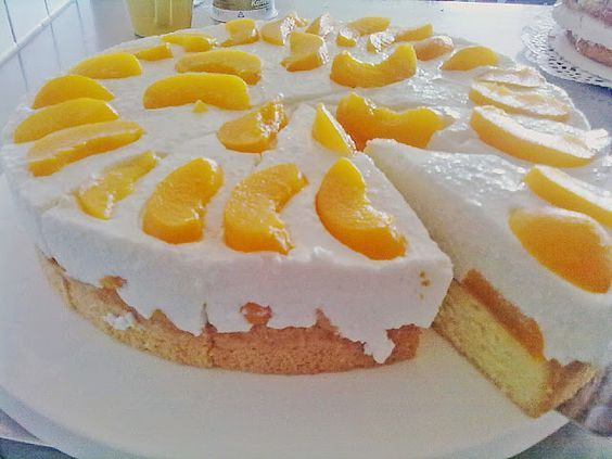 Rezeptwelt: Pfirsich - Joghurt Torte mit Vanillehauch