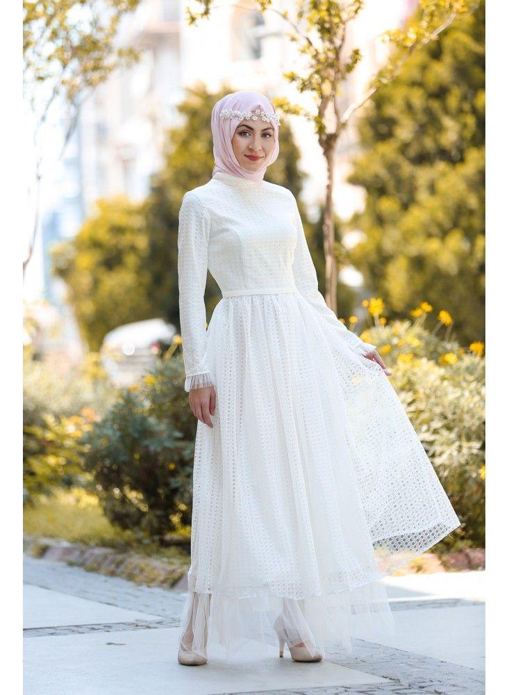 dda3827dd21ae Tesettur Elbisesi adlı kullanıcının Tesettür Abiye Elbiseler panosundaki  Pin | Dresses, Fashion ve Wedding events
