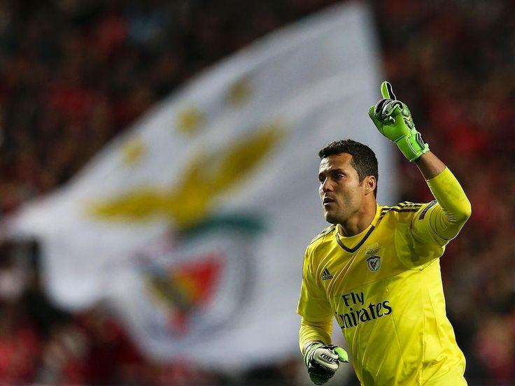 Júlio César aponta à titularidade no Benfica e ao regresso à Canarinha