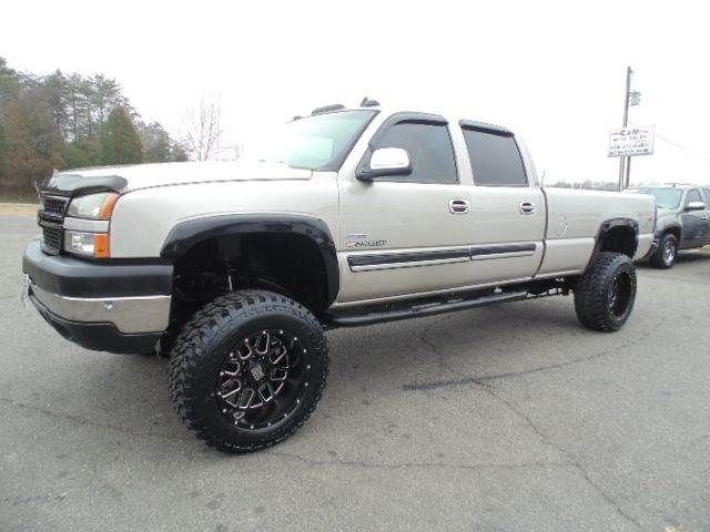 WWW.EMAUTOS.COM  LIFTED 2007 Chevrolet Silverado 2500Hd Classic LT Crew Cab 4x4 Long Bed DURAMAX DIESEL TRUCK FOR SALE In Locust Grove VA - E & M Auto Sales #Emautos
