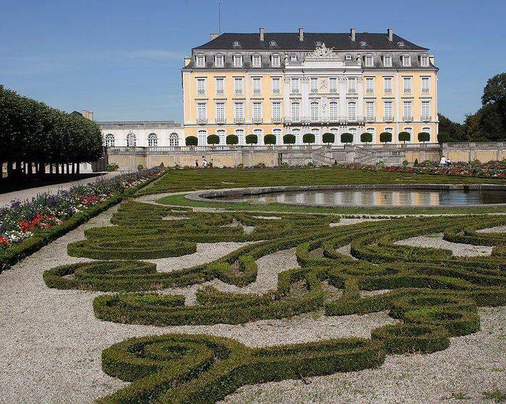 Schloss Augustusburg in Brühl