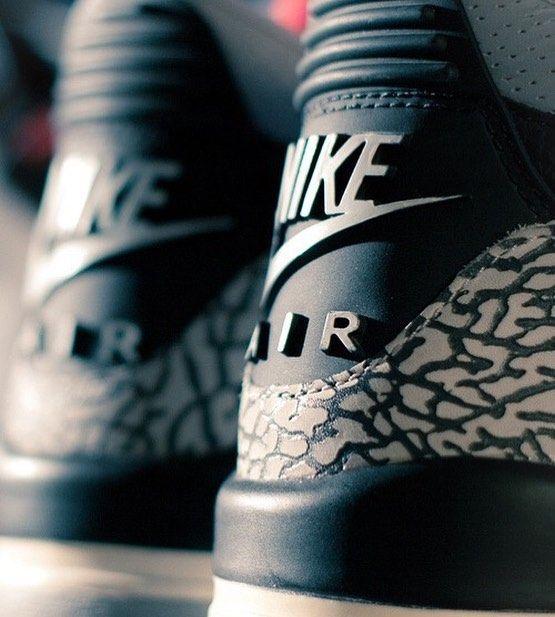 "Quien esta ready para la Nike Air Jordan 3 Black Cement en Febrero 2018!!? . . . . . . ""FUEGO"" o ""NO""? #sneakerlabpr #sneakerlabprnation#sneakerlabprgirl #sneakernews #sneakerfreaker#sneakerfiles #instagood #kickscrew #kicks0l0gy#nicekicks #nike #lebron #Kobe #adidas #asics#saucony #shoeporn #sneakerporn#igsneakercommunity  #jordan  #puertorico#PRGOTGAME"