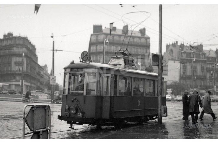 Le 1 erdécembre 1961, la motrice 47 de Dijon effectue son dernier trajet. Le tram fera son retour dans la ville, en 2012.  Photo DR