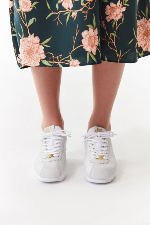 newest 9c1fd 15f8e Nike Classic Cortez Pastel Sneaker   Christmas list 2018 ...