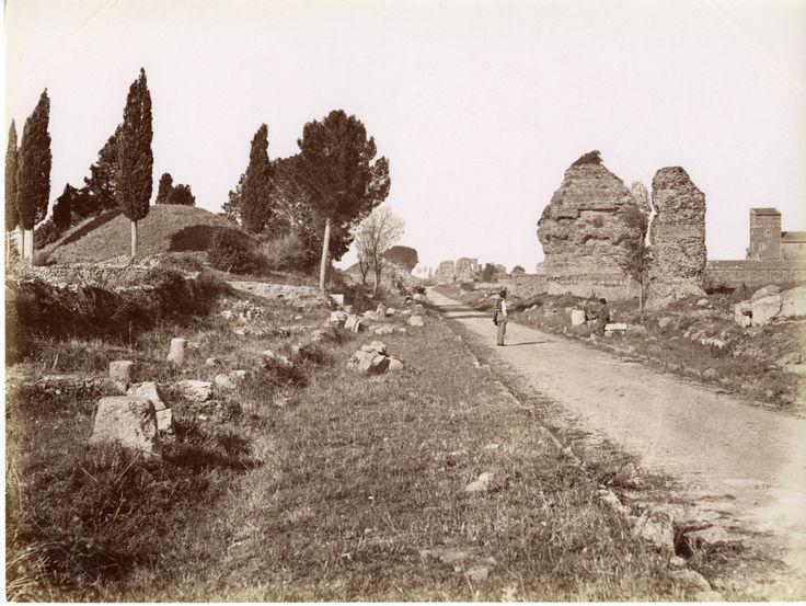 Roma, Via Apppia Vintage albumen print Tirage albuminé 20x25 Circa 1875