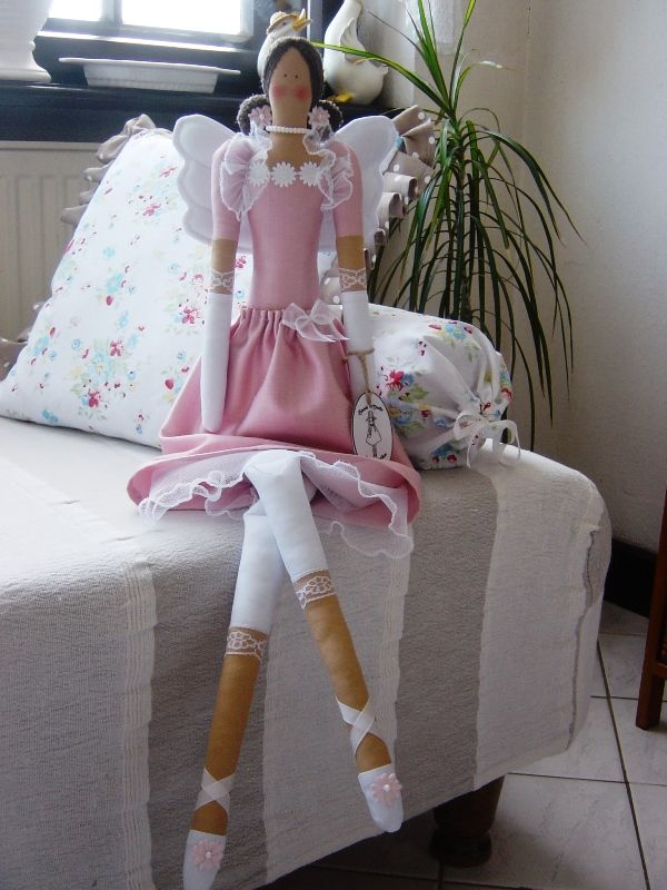 Ružová kráska  Tilda doll pink