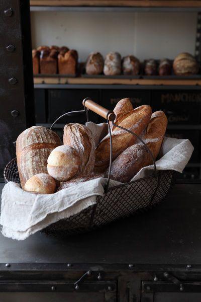 ベーカリーを併設してるから焼きたてパンのいい香り