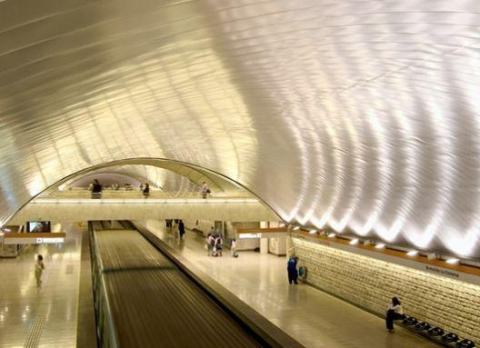 Estaciones de Metro El Parrón y La Cisterna_Cielos C