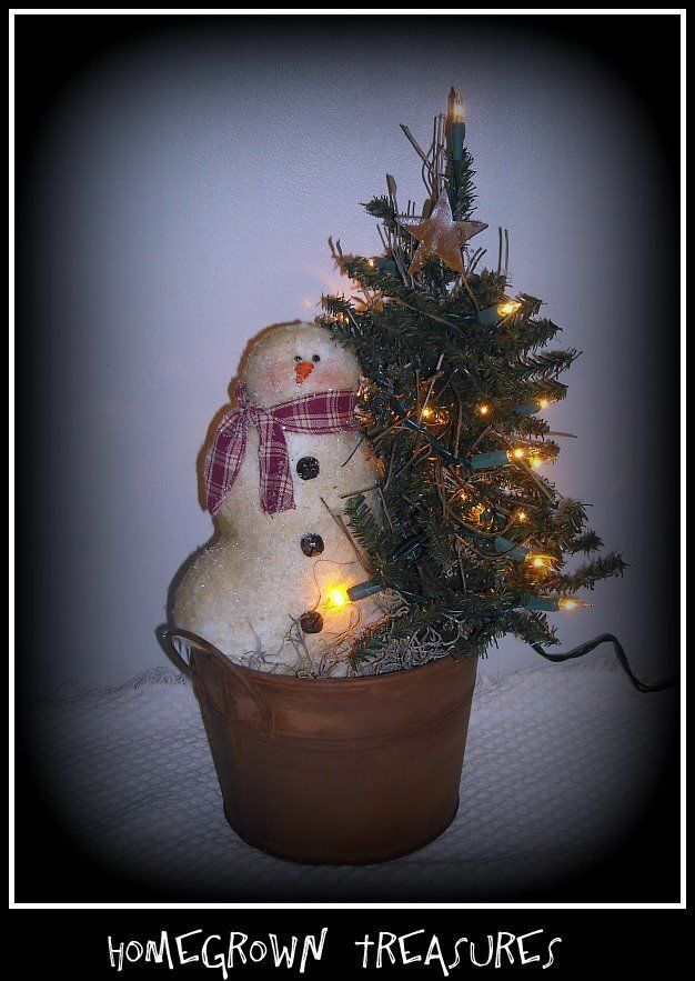 Primitive Christmas! SnOwMaN with Lighted Tree in Rusty Pail!! #Primitive #HomegrownTreasures